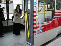 Tramvaj T3R.P-LF -  pohled do nízkopodlažní části vozu