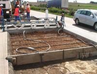 Připravená armatura betonové vozovky