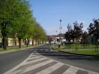 Švihov - pohled od kruhové křižovatky na náměstí
