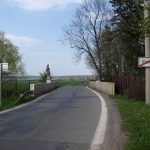 Nenápadný kamenný most v Žehušicích hlídá socha sv. Jana Nepomuckého