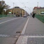 Pražský most v Hradci Králové připomíná významného českého architekta