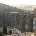 Kryštofovo údolí je poetické  místo s krásným železničním viaduktem