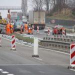 Na silnice R46 z Olomouce do Vyškova vyměňují silničáři svodidla