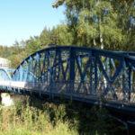 Ocelový příhradový most čeká na rekonstrukci lázeňského komplexu v Kyselce