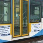 V Ostravě vybírají cestující nová sedadla do tramvají