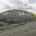 Stavba mostu přes Novou Moravu u Veselí nad Moravou