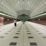 Stanice metra ve fotografiích (Petřiny)