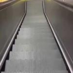 Nefunkční eskalátory ve stanici Bořislavka