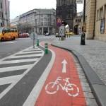 Hybernská ulice zažila tramvajový provoz a dnes je z ní cykloobousměrka