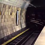 Příjezd metra na Můstku – linka B