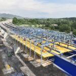 Jak se staví spřažený most na obchvatu Třince?