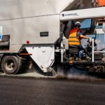 Při dlouhodobé údržbě silnic pomáhá technologie GRIPSEAL