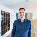 Michal Menšík (DoDo): Malé a střední e-shopy doplatí na nedostatečné kapacity přepravců, řešením je přímá same-day logistika