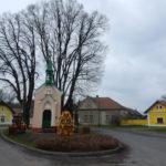 Barokní vesnice Byšičky má půvabnou kruhovou náves