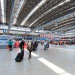 Pražské letiště posiluje kontroly cestujících po příletu